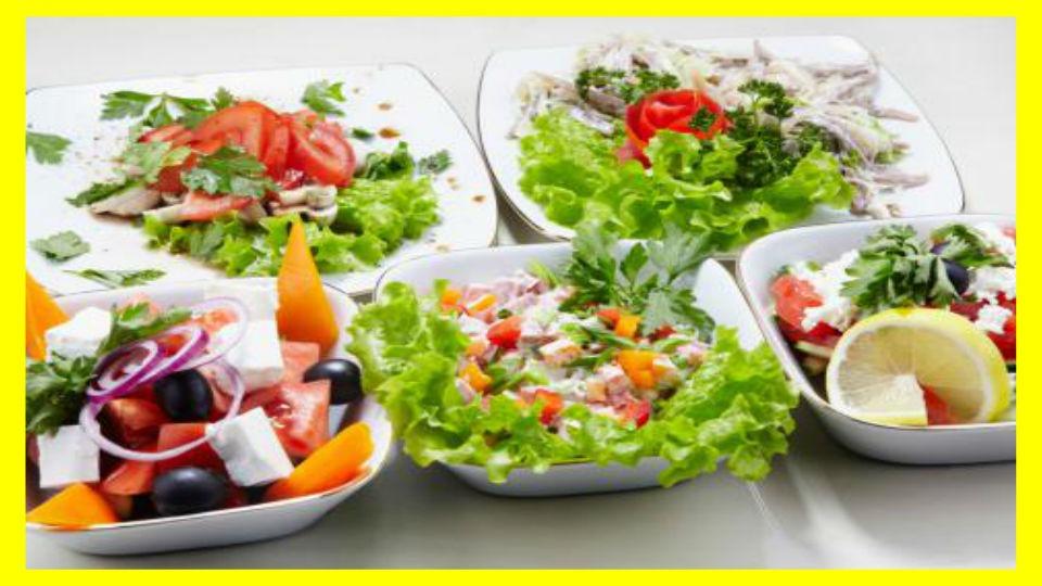 5 tipos de ensaladas verdes El verde es vida, eso lo podemos observar si miramos a nuestro alrededor: las plantas son una fuente imprescindible de oxígeno